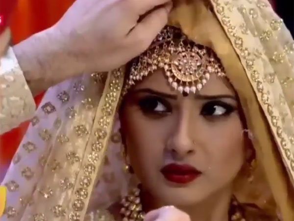 Kasam SPOILER: Tanuja Becomes Rishi's Bride, Instead Of Malaika; Will Rishi Get To Know The Truth?