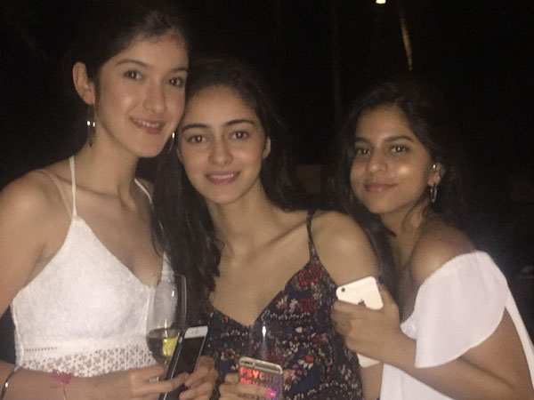 Suhana At SRK's B'day Bash