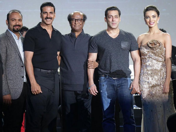 Salman Khan Gatecrashes 2.0 Event