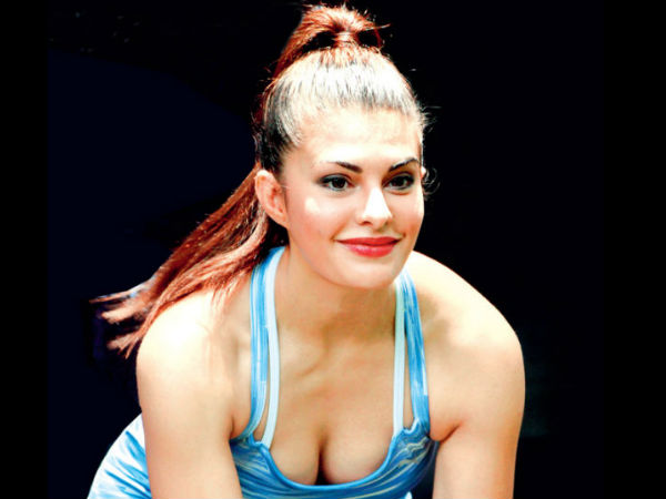 Jacqueline Fernandez Guinness Book Of Words Record