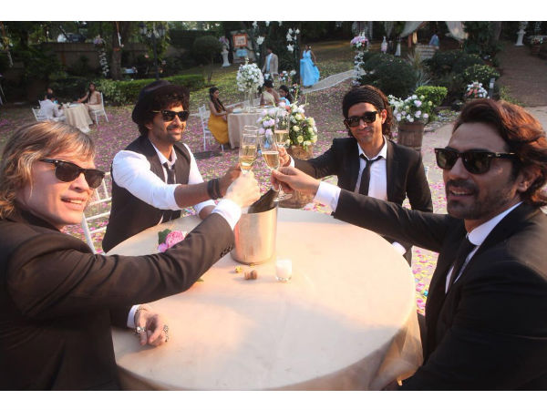 Rock On 2 Reunion Farhan Akhtar Arjun Rampal Luke Kenny Purab Kohli Champagne Cheers