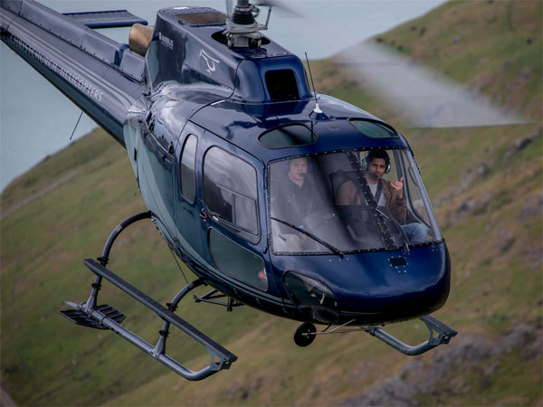 Sidharth Malhotra New Zealand Helicopter Ride