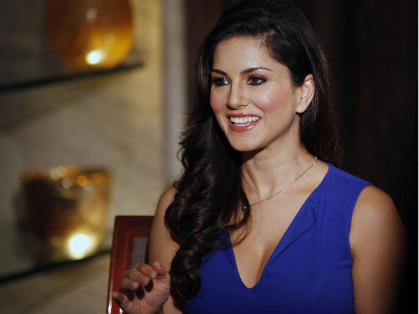 Sunny Leone Beautiful Blue