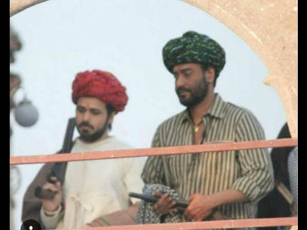 From The Sets Of Baadshaho: Check Out These New Pics Of Ajay Devgn-Emraan Hashmi's Jodhpur Shoot!