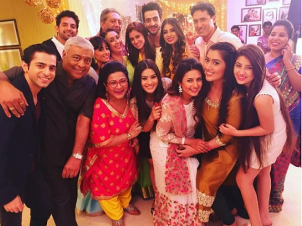 Yeh Hai Mohabbatein Completes Three Glorious Years; Mihika Verma Back On YHM Sets! (PICS)
