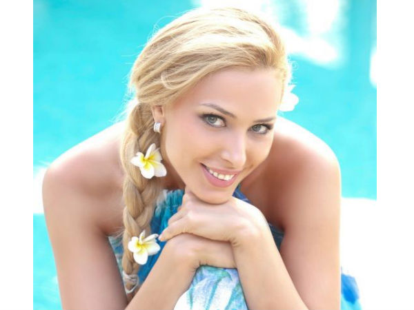 I cried When I Left India Says Iulia Vantur! Rubbishes Rumours About Her Rift With Salman Khan