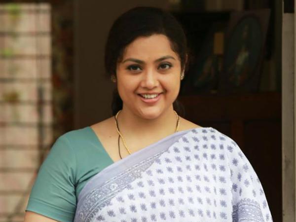 meena opens up about her career and munthirivallikal thalirkkumbol
