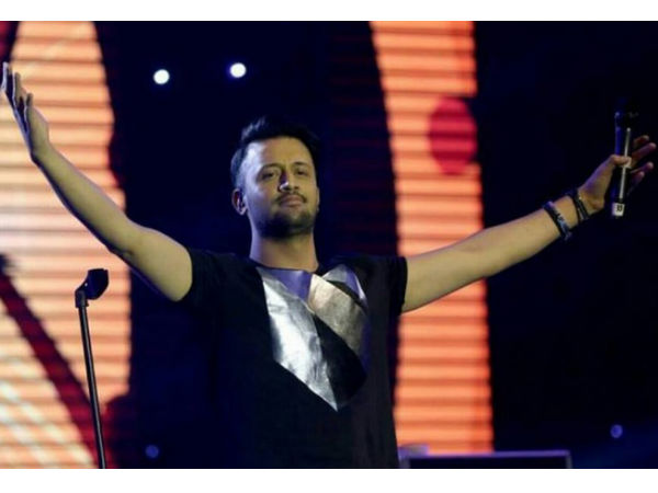 'Molester' At Atif Aslam's Concert Speaks Out! Says He Has Done Nothing Wrong!