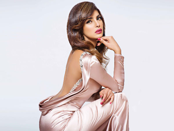Priyanka Chopra Denies Claims That She Said 'Male Stars Need Guts To Try For Hollywood'!