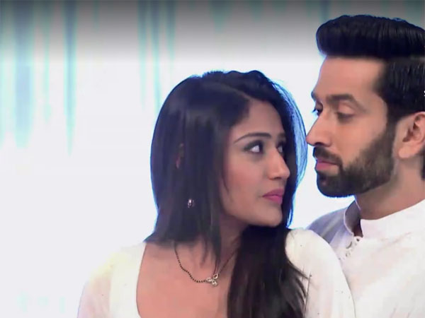 Ishqbaaz NEW PROMO: Anika To Realize Her Love For Shivaay!