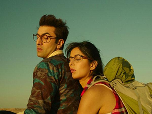 Trending Picture: When Katrina Kaif Slept On Ranbir Kapoor's Shoulder!