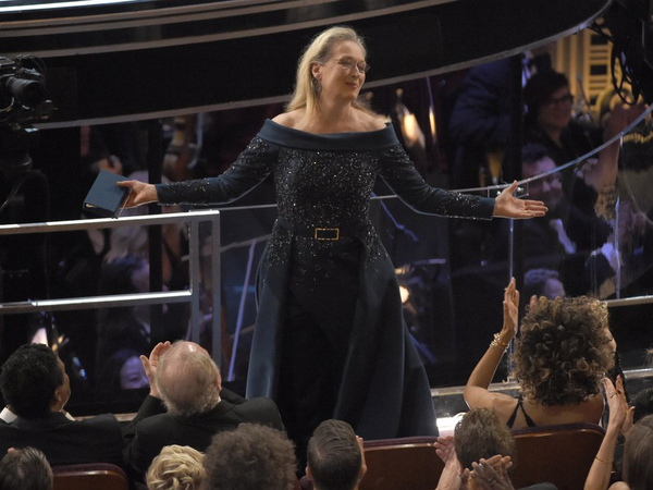 Meryl Streep Receives Standing Ovation At The 89th Oscars 2017