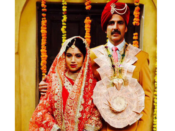 Akshay Kumar Shares A Picture From 'Toilet Ek Prem Katha'!