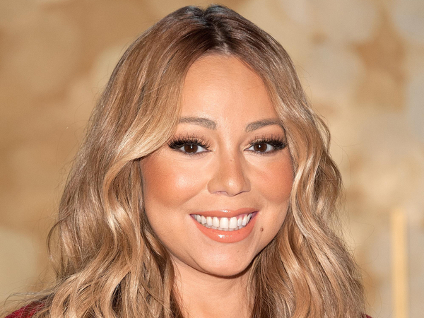 Mariah Carey Blames Everybody For Her Failed New Year's Eve Performance