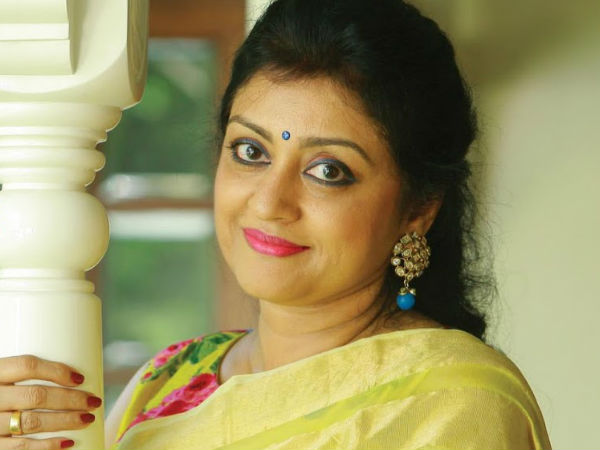 CONFIRMED! Parvathy Jayaram Not Approached For Aami!