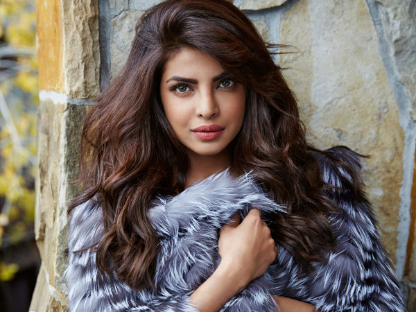 Priyanka Chopra Shares A Nostalgic Photo On Her Parent's Anniversary!