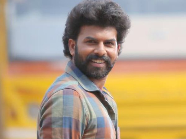 Sunny Wayne Signs A Comedy Entertainer!