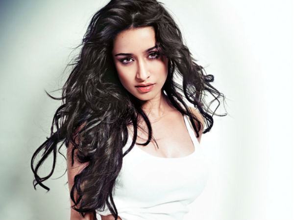 Shraddha Kapoor Was Juggling Between 'Two Worlds'