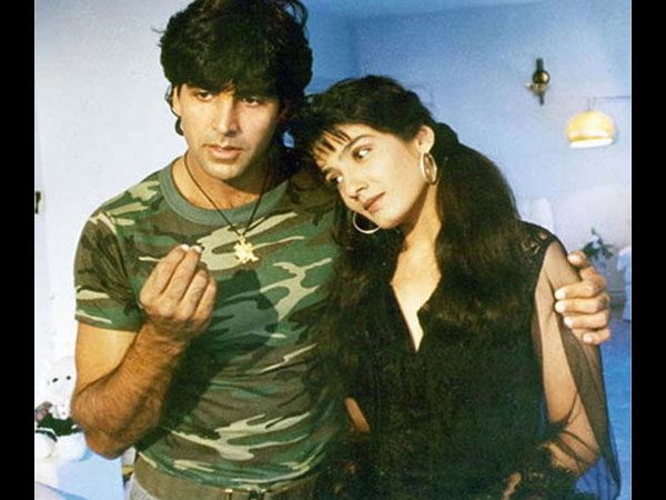 Akshay Talks About Raveena