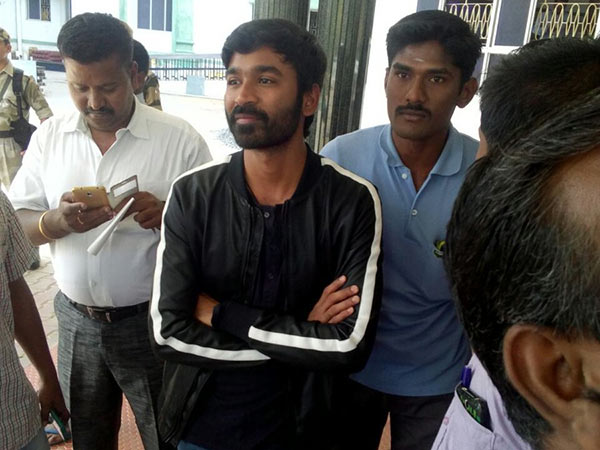 Dhanush Appeared In the High Court