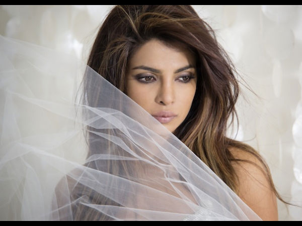 DON'T MISS! Is Priyanka Chopra Insecure Of Other Bollywood