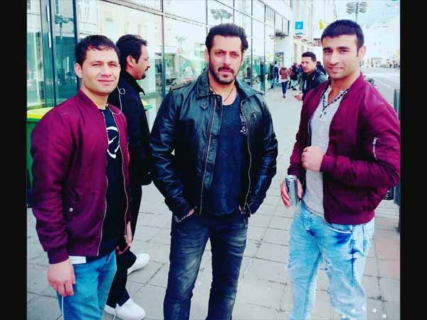 Salman On The Sets Of TZH
