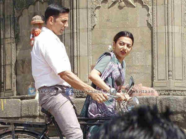 Akshay Kumar And Radhika Apte's Look In Padman
