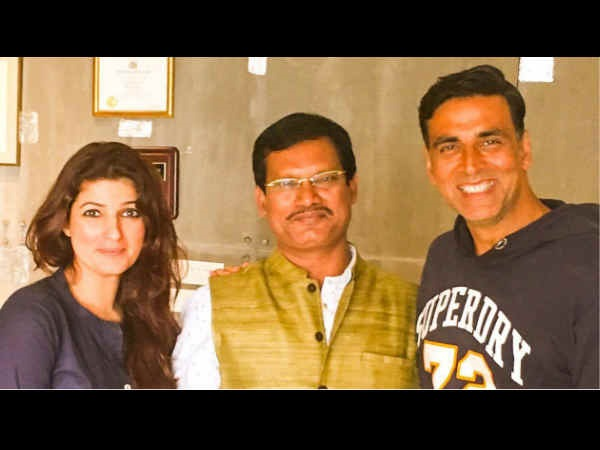 When Akshay & His Wife Twinkle Khanna Met The Real Life Padman In Mumbai