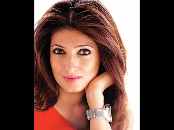 Pad Man Spreads Awareness About 'Shamed' Subject: Twinkle Khanna