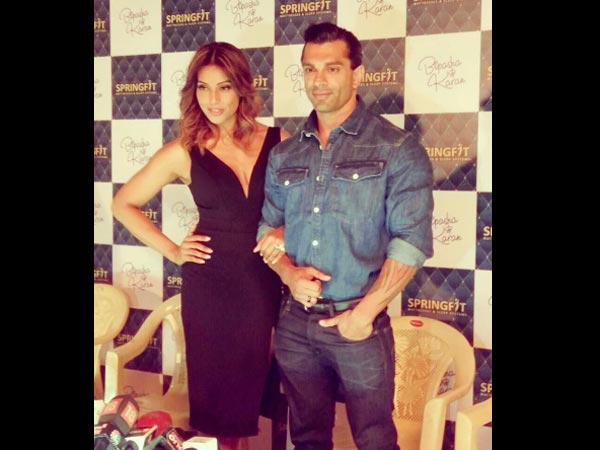 Bipasha & Karan Are Inseparable