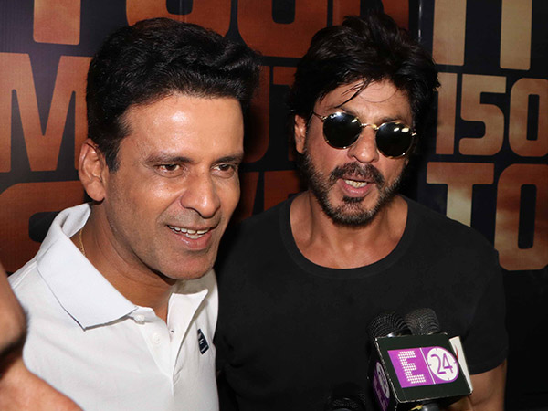 Here's What Manoj Bajpyaee Thinks About Shahrukh Khan's Star Power & His Charisma!