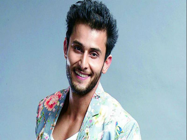 IT'S CONFIRMED! Leenesh Mattoo Is Not Quitting Ishqbaaz!