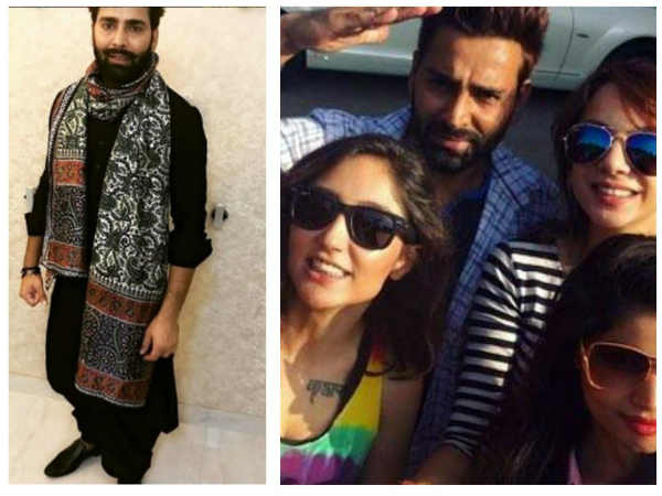Bigg Boss 10 Contestant Akansha Sharma Says She Would Date A Frog, But Not Manveer Gujjar!