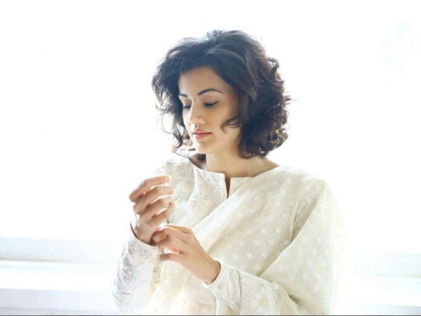 Taapsee Pannu EXPOSES Bollywood's Ugly Side, Says She Was Tagged 'Bad Luck' & Thrown Out Of Films!