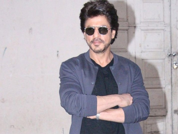SRK Doesn't Like To Take A Break & Here's Why..