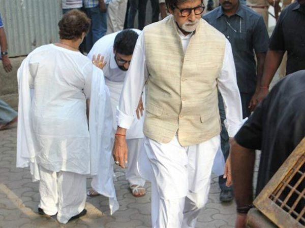 Vinod Khanna Last Rites: Amitabh Bachchan, Abhishek Bachchan & Others Pay Their Final Respects!