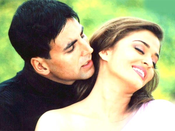 When Akshay Helped An Injured Aishwarya On The Sets Of Khakee