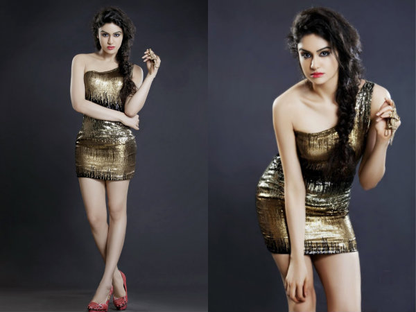 Adah Sharma Hot Dress Golden
