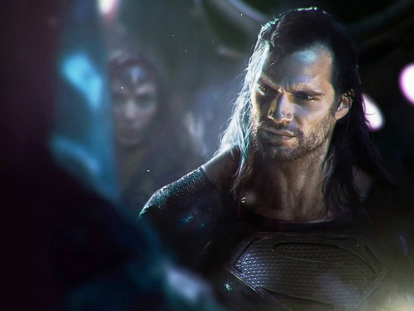 Download The Image Of The Evil Superman With Black Suit: Is Superman Playing Evil In Justice League? Here Is What