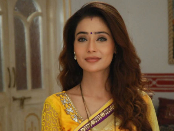 JNDSD Actress Sara Khan Was Forced To Stay Back In ...