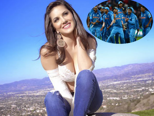 Sunny Leone Reveals Her Favourite Cricketer & It's Not Virat Kohli Or Sachin Tendulkar!