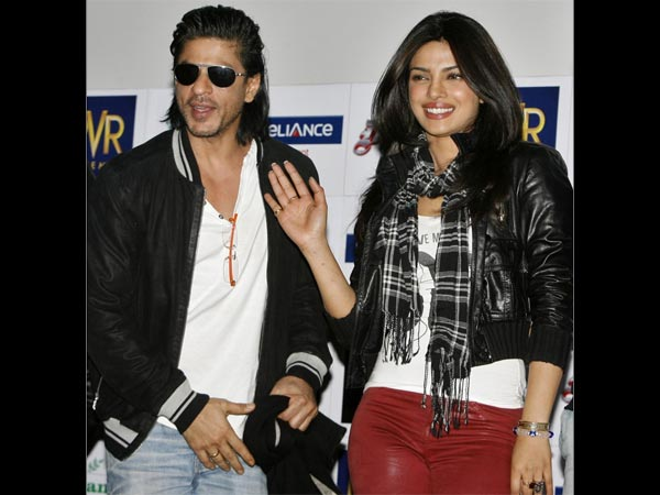 FROM THE HEART! I Am Happy Priyanka Chopra Is Around; Only She Makes Me Comfortable: Shahrukh Khan