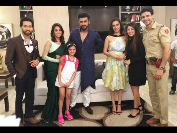 Ishqbaaz & YHM Actors Shoot For Star Parivaar Awards – Curtain Raiser Episode With Arjun & Shraddha!