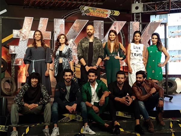 Rohit Shetty With Contestants