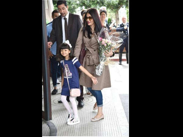 Why Aaradhya Clings To Aishwarya In Public?