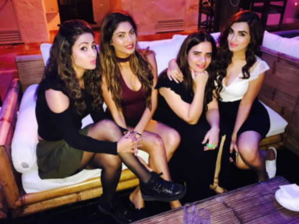 Lopa With Her Girl Gang