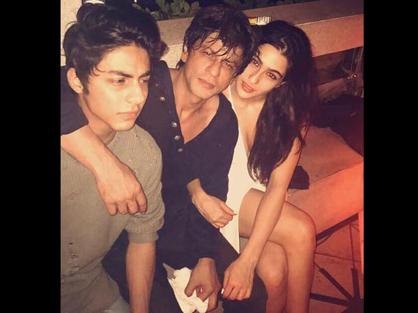 SRK With Aryan & Sara
