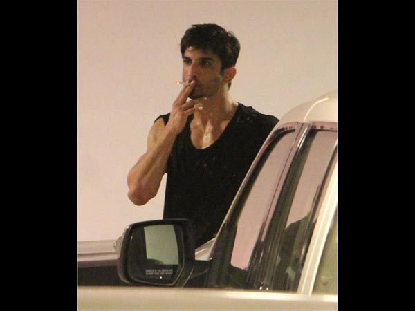 Sushant Singh Rajput Caught In Action