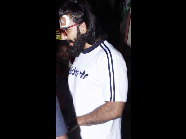 In Pic: Ranveer Outside Leelavati Hospital
