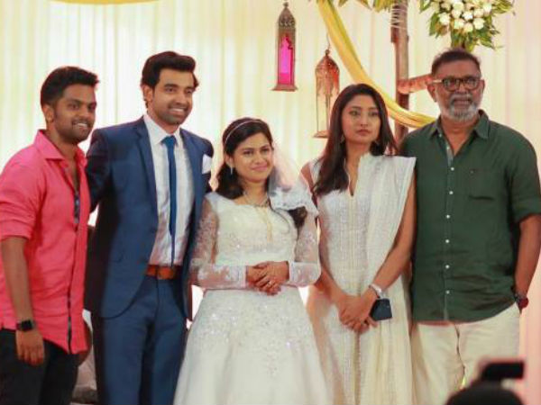 Lal and Balu Varghese With The Couple